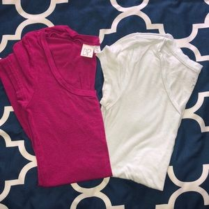 Lot of 2 Size Small Tees! Guess & BP.